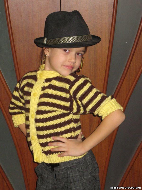 Маленькая модница - кофточка для девочки крючком