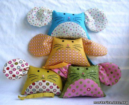подушки-котята