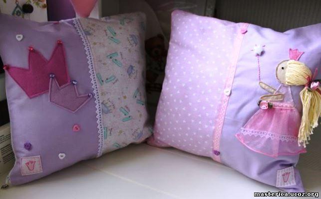 подушки для комнаты девочки