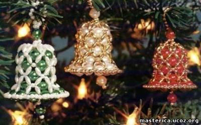 Новогодняя елка с игрушками из бисера своими